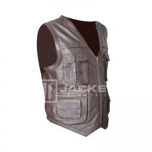 Chris Pratt Vest In Jurassic World Film