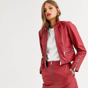 short red leather women's jacket with zipper, zip pockets and zip sleeve cuff